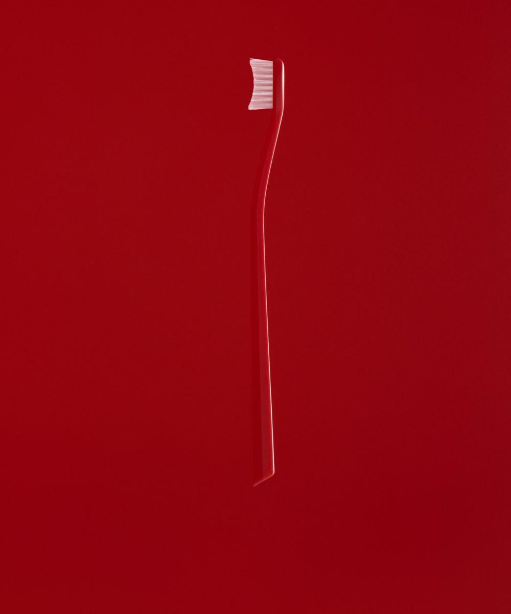 Swissdent kartáček červený
